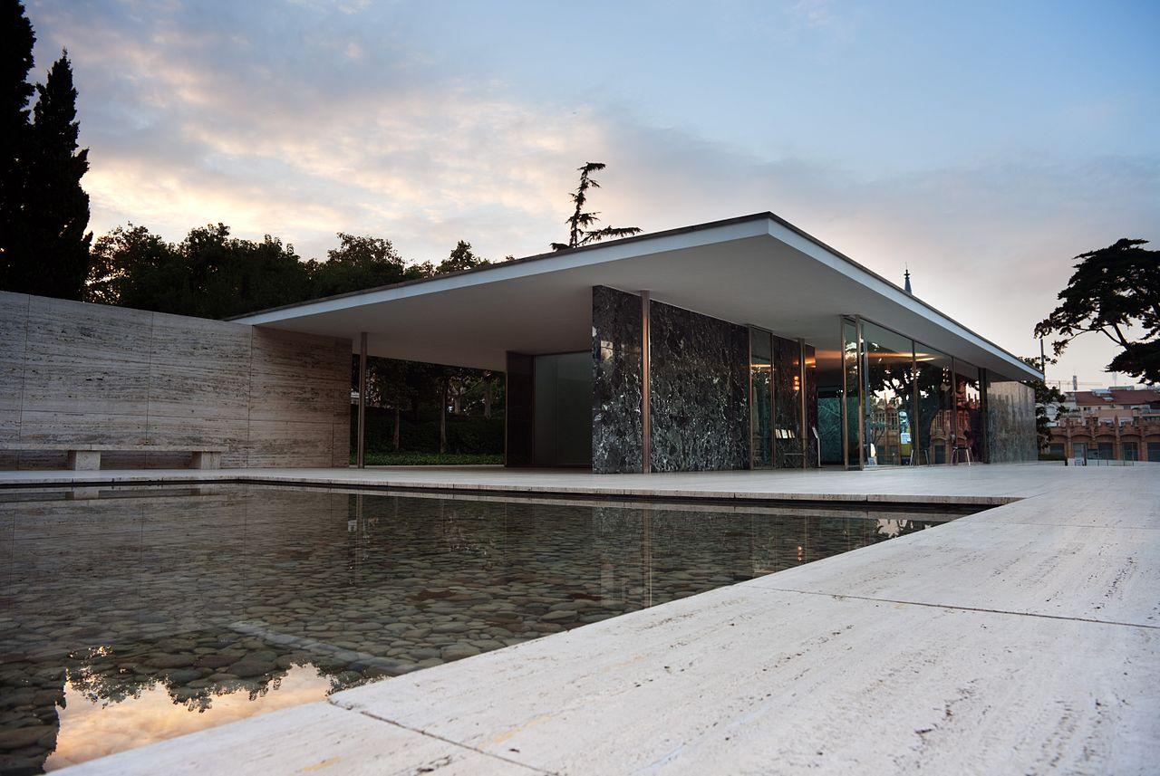 1280px-The_Barcelona_Pavilion,_Barcelona,_2010